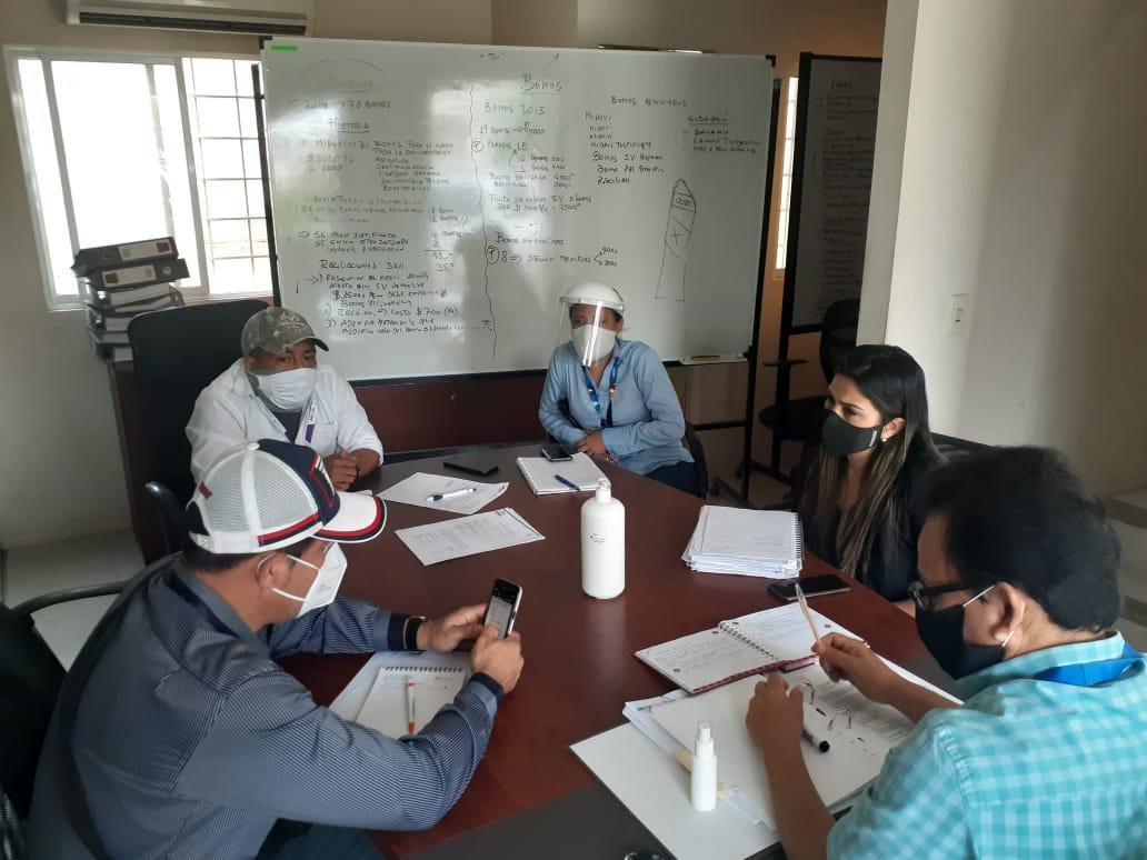 Reunión entre la Empresa Si Vivienda-EP, MIDUVI y el GAD-MANTA